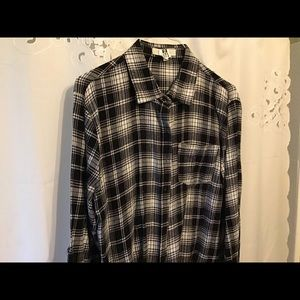 Women's buttoned up flannel